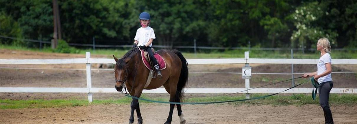 Milyen a jó lovasoktató?